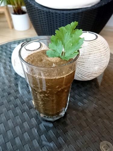 Gemüse Smoothie mit Weizengras